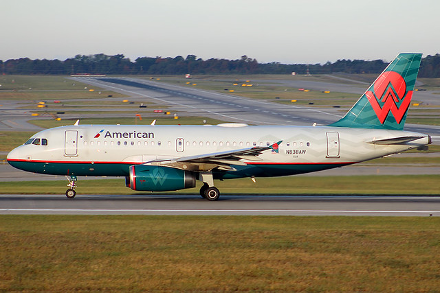 American retro A319 at Cincinnati