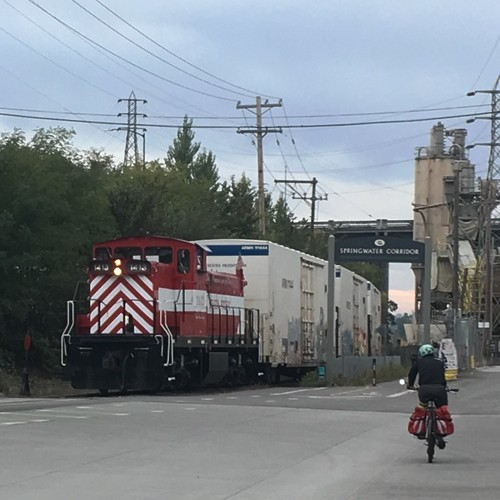 Meeting a Portland Traction train at the north end of the Springwater Trail