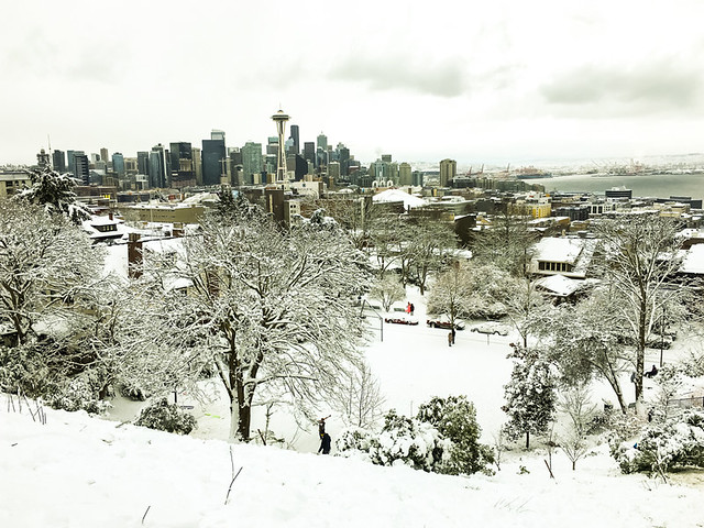 Snow day at Kerry Park