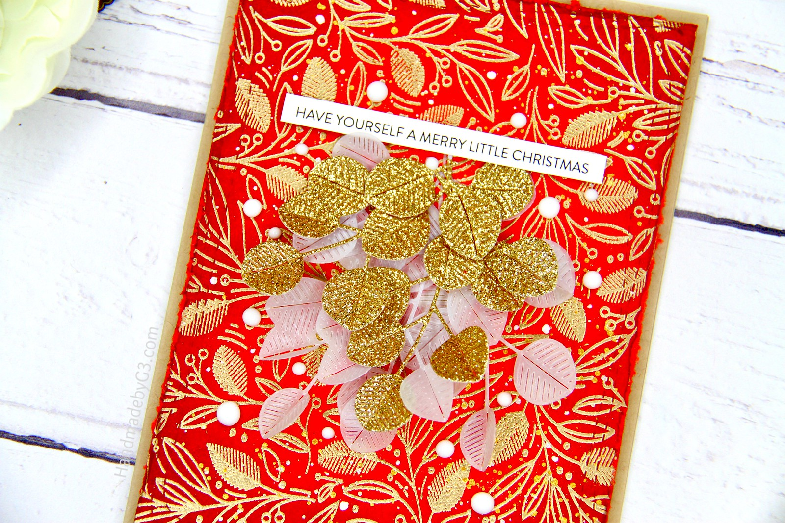 Christmas card red closeup3