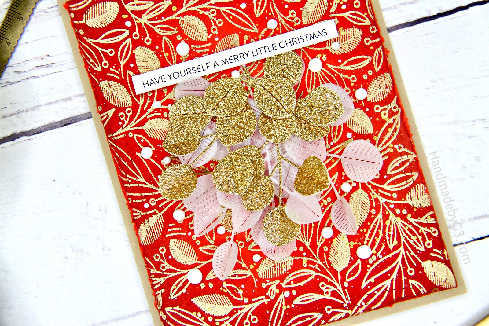 Christmas card red closeup1