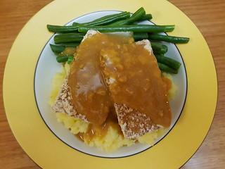 Oven-Roasted Tom Tofu; Golden Gravy