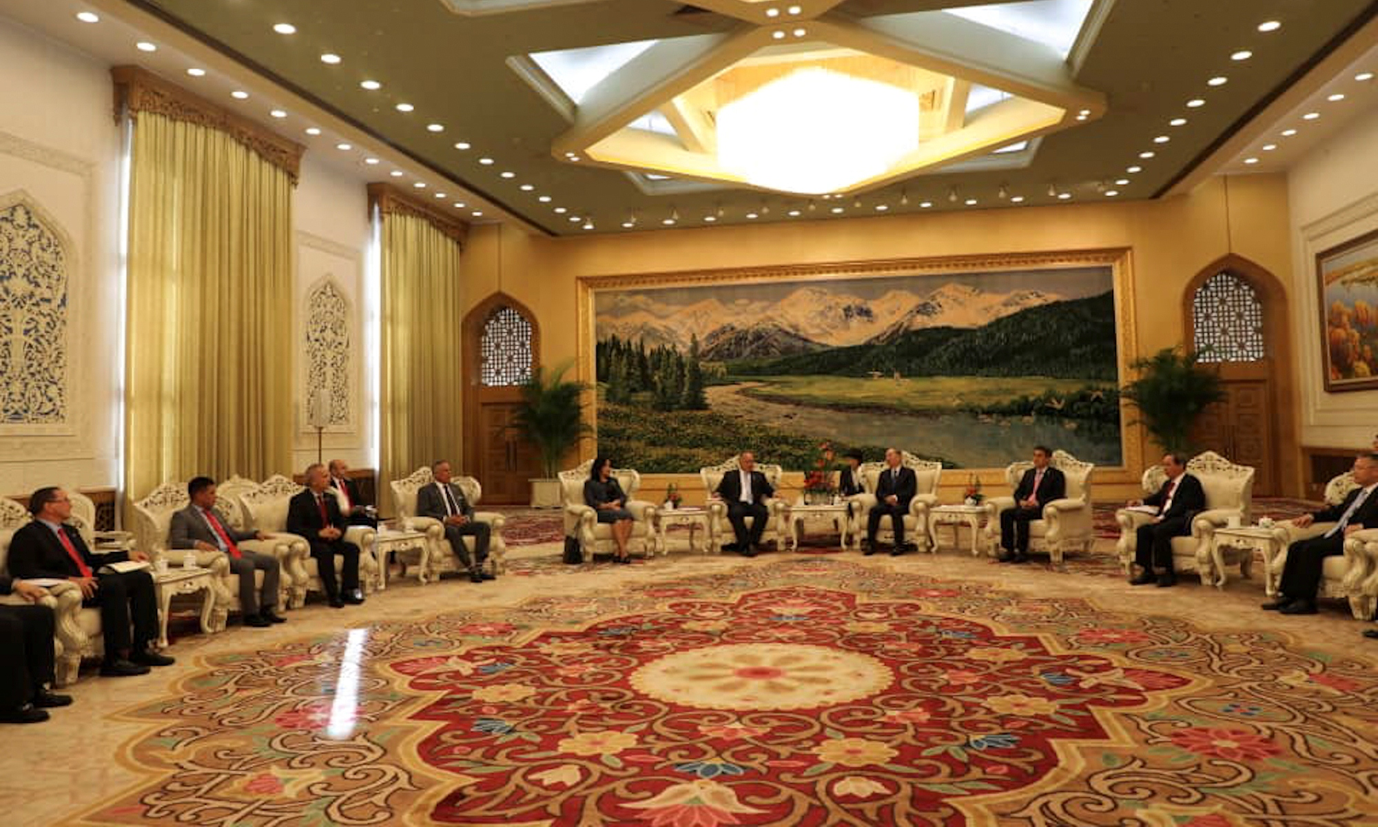 Delegación venezolana afianza cooperación con China
