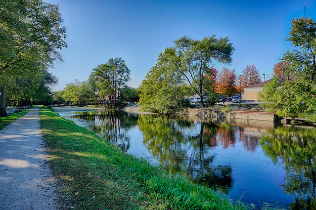 A Fine October afternoon along the Canal