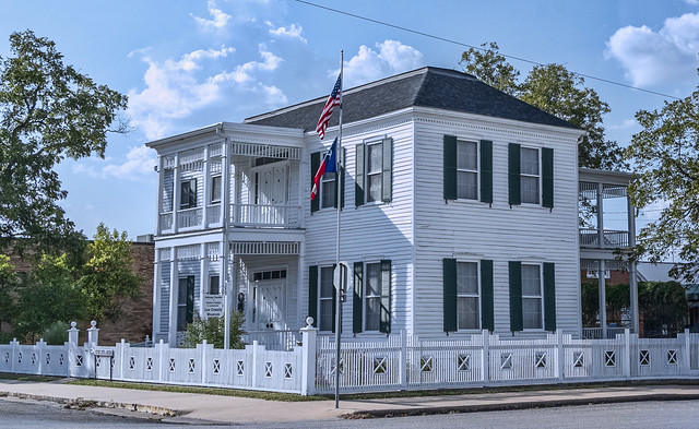 Lee County Museum