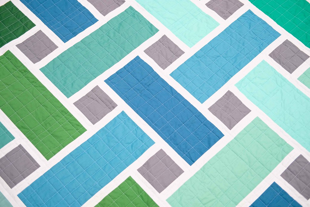 The Tessa Quilt in Solids