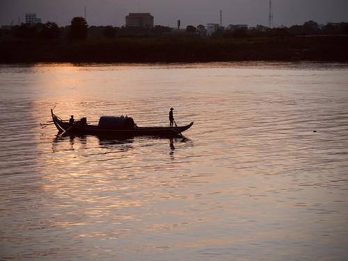 Night life on The Mekong WEEK 52 (13/10/19)