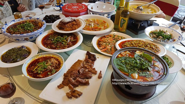 near Dayi, wedding party, Sichuanese dishes