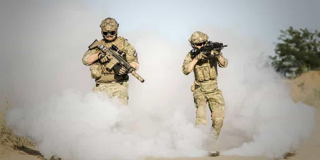 écran-invisibilité-pour-cacher-des-soldats