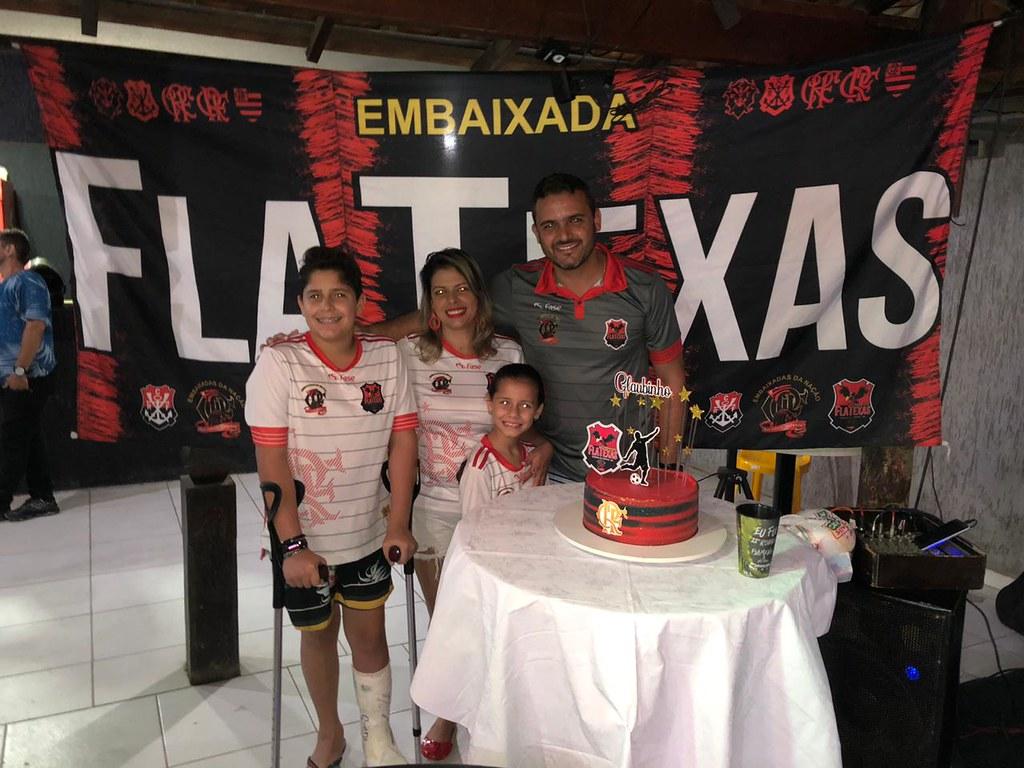 Aniversário do presidente da Embaixada Flatexas (4)