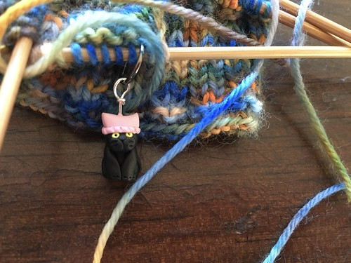 Pussy cat pussy hat stitch marker