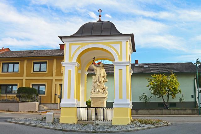 Mannersdorf. Hl.Johannes Nepomuk-Kapelle, 1740 - Rokoko