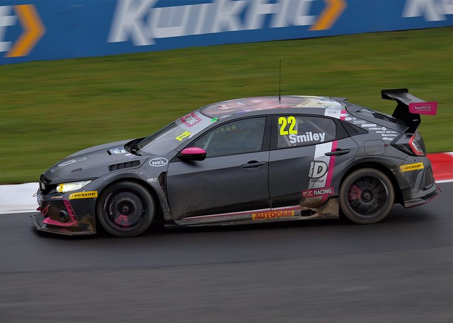 2019 BTCC Smiley Honda Type R Last Round Brands Hatch