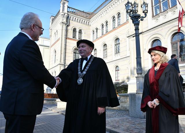 Valsts prezidents Egils Levits piedalās Latvijas Universitātes Juridiskās fakultātes simtgades pasākumā