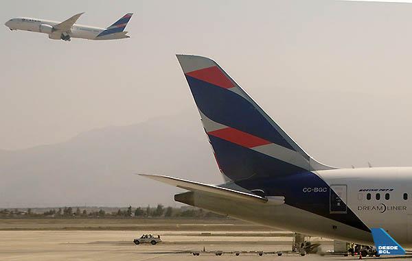 LATAM B787-9 gate y takeoff (RD)