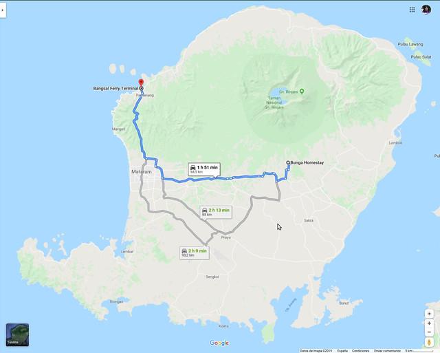 Isla Lombok, con isla Gili Air a su izquierda arriba