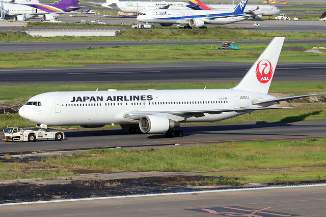 JA603J  -  Boeing 767-346ER  -  Japan Airlines  -  HND/RJTT 9/10/19