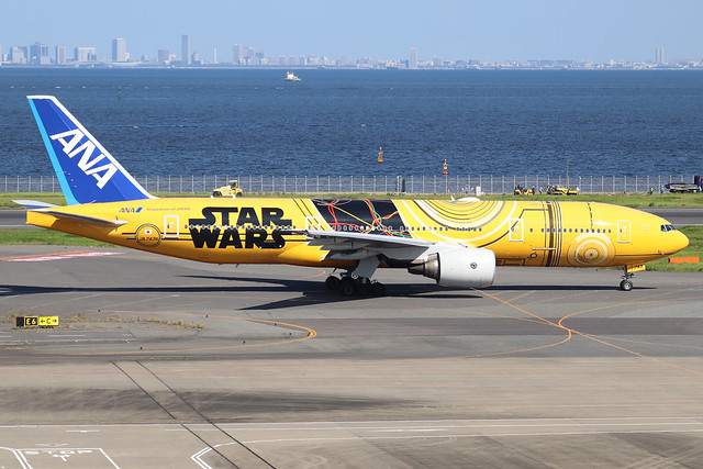 JA743A  -  Boeing 777-281ER  -  All Nippon Airways (Star Wars Livery) -  HND/RJTI 9/10/19