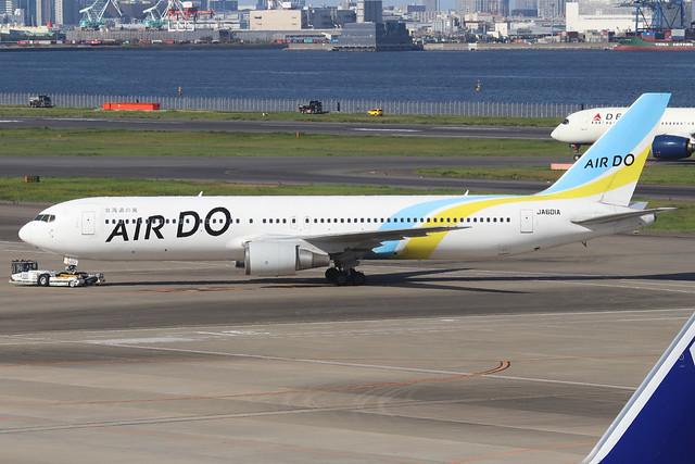 JA601A  -  Boeing 767-381  -  Air Do  -  HND/RJTT 9/10/19