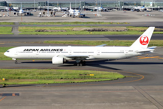 JA8945  -  Boeing 777-346  -  Japan Airlines  -  HND/RJTT 9/10/19 | by Martin Stovey