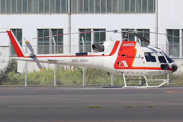 JA6509  -  Aerospatiale AS350B3 Ecureuil  -  Aero Asahi  -  RJTI 9/10/19