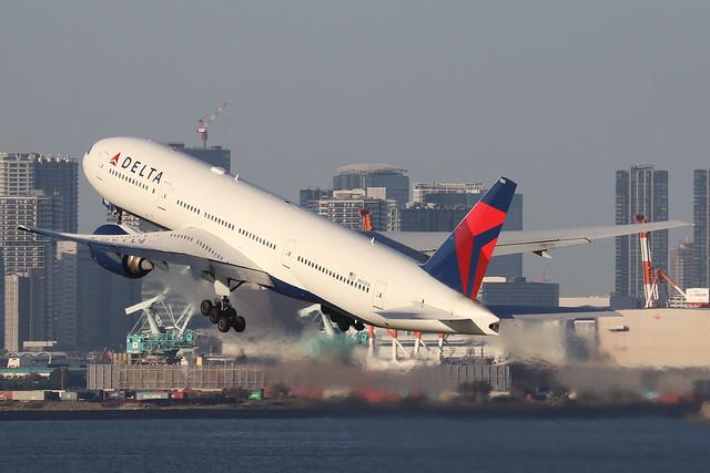 N860DA  -  Boeing 777-232ER  -  Delta Airlines  -  HND/RJTT 9/10/19