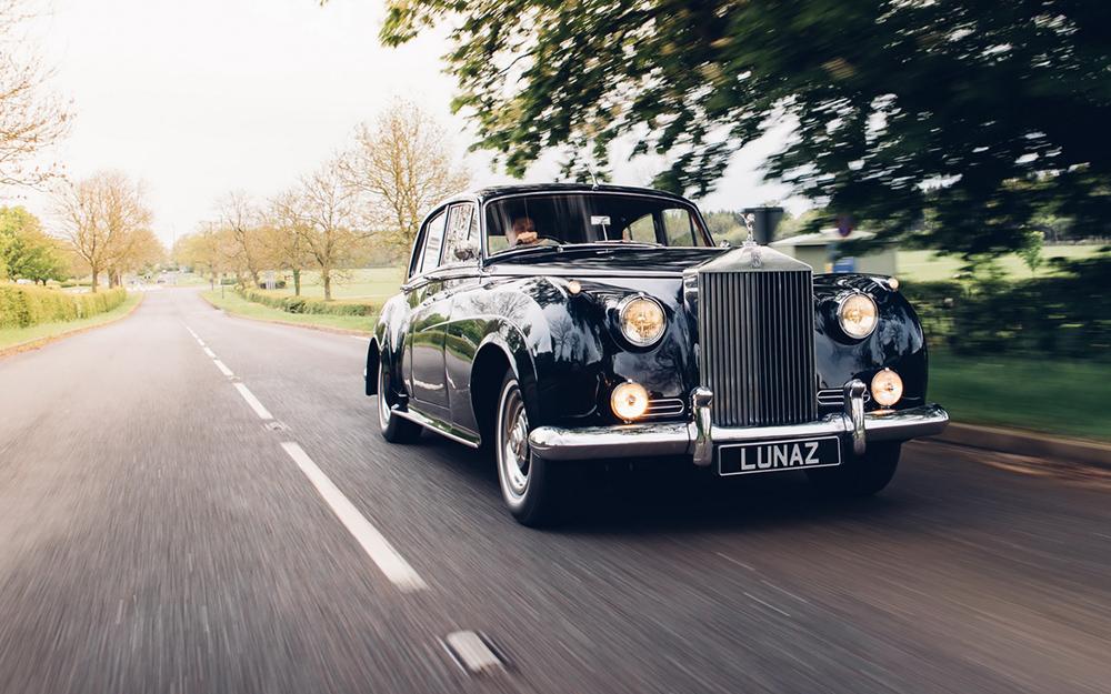 1dfd5f03-lunaz-classic-electric-cars-9