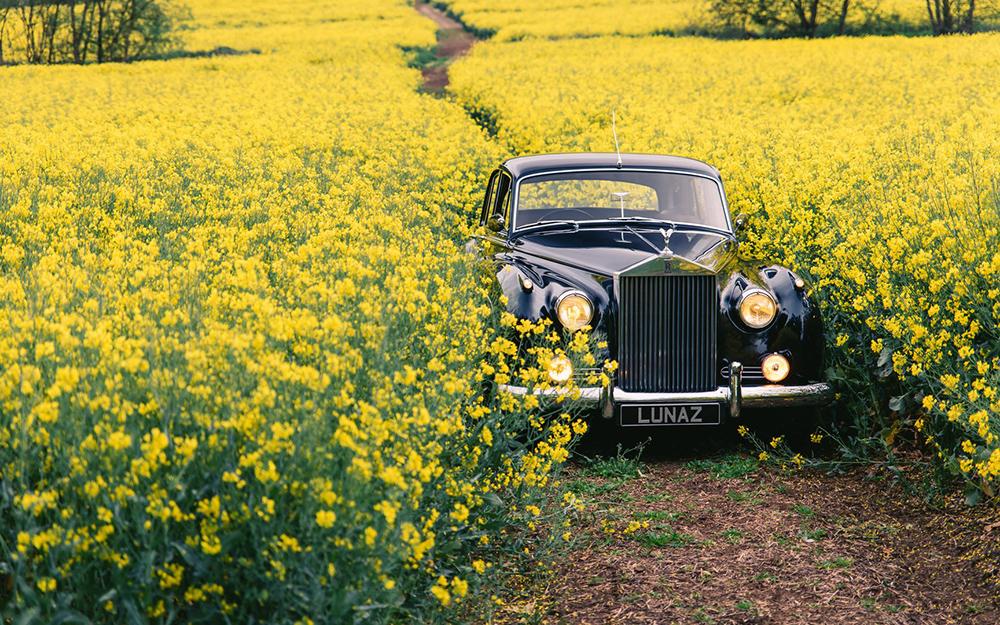 21c658bc-lunaz-classic-electric-cars-10
