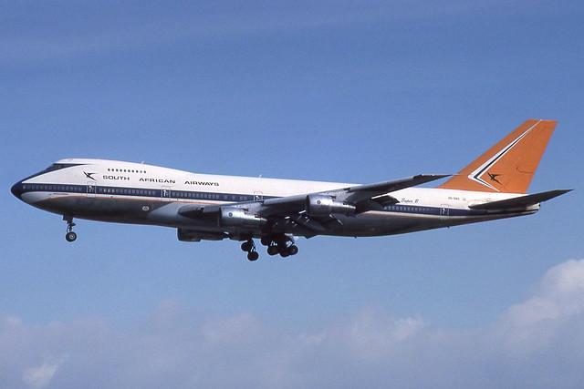 ZS-SAO Heathrow 30-3-1980