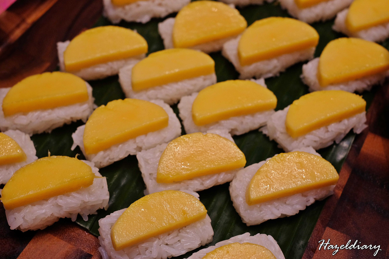 EnThaising Siam-The Dining Room Sheraton Towers Singapore-Mango Sticky Rice
