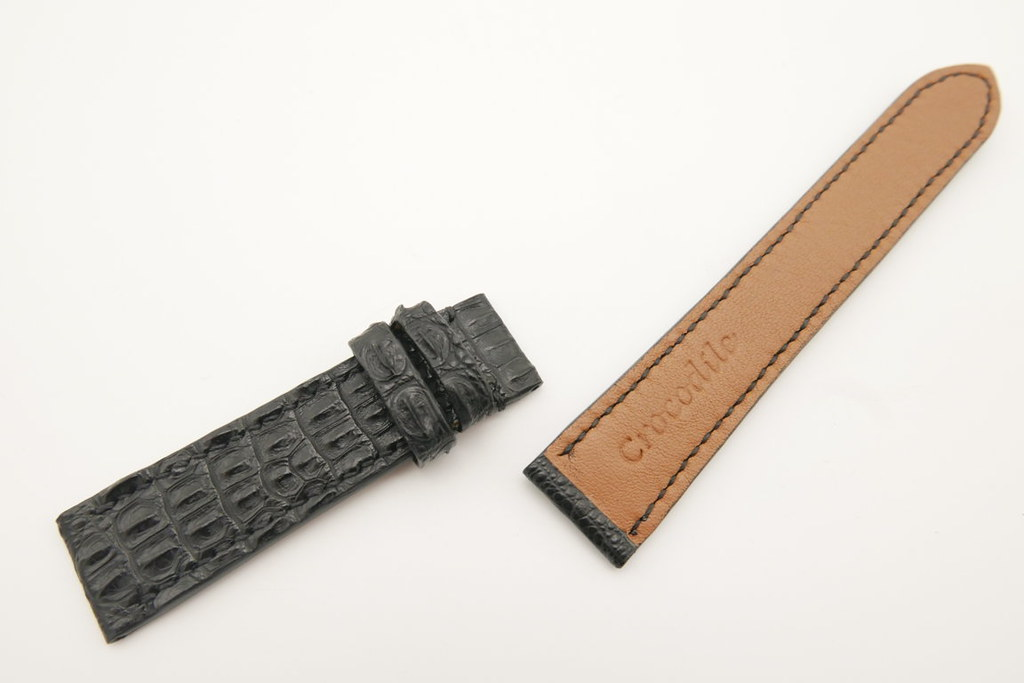 P1540363 (FILEminimizer) | by Ziczac Leather