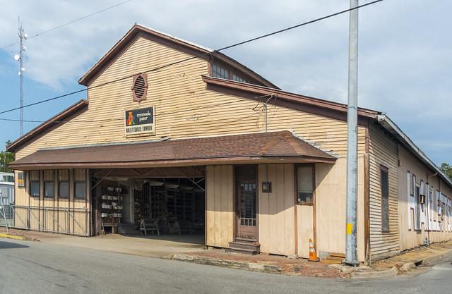 Hallettsville Lumber