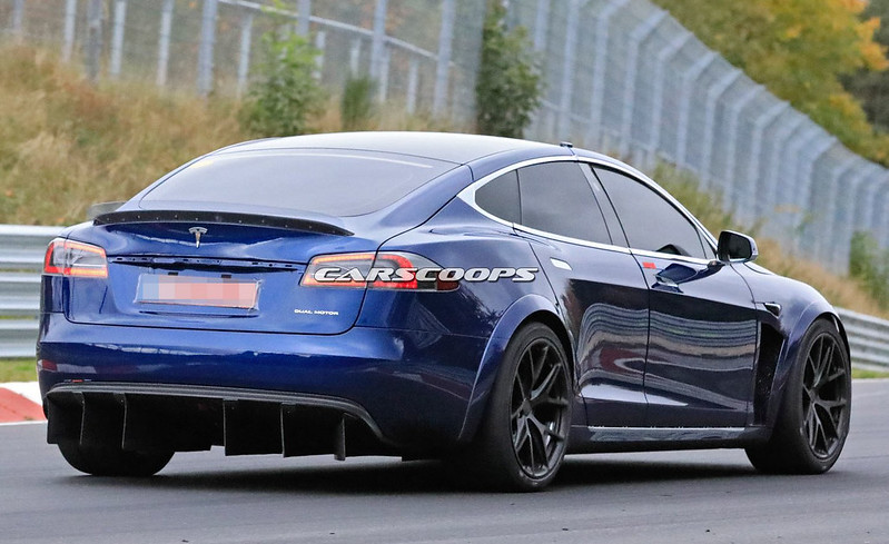 1d21a625-tesla-model-s-nurburgring-10