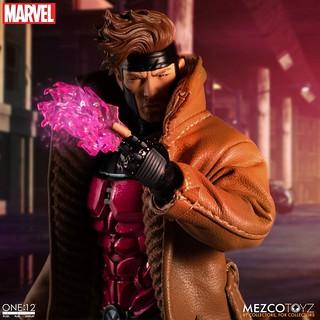 附屬豐富的爆炸牌特效! MEZCO ONE:12 COLLECTIVE 系列 Marvel Comics【金牌手】Gambit 1/12 比例人偶作品