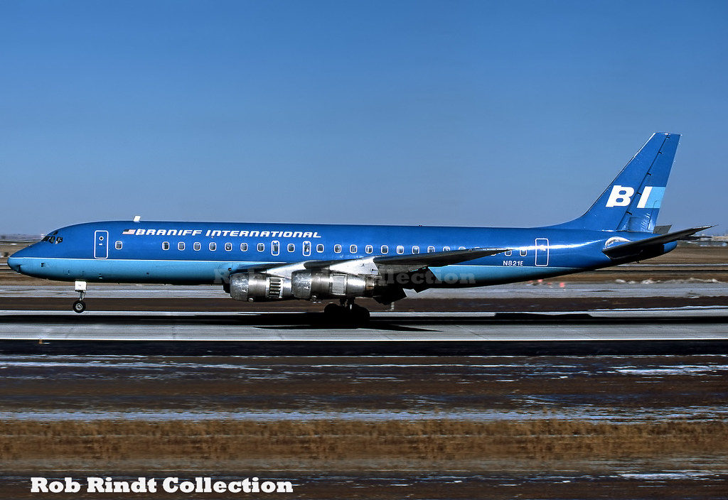 Braniff International DC-8-51 N821E