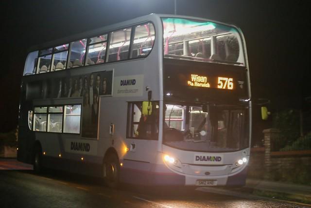 Diamond Bus North West Alexander Dennis Enviro 400 33705 SN12 AHO