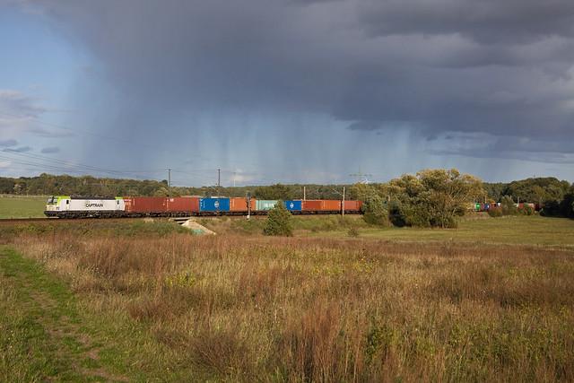 Captrain 193 + Güterzug/goederentrein/freight train   - Ahrensdorf