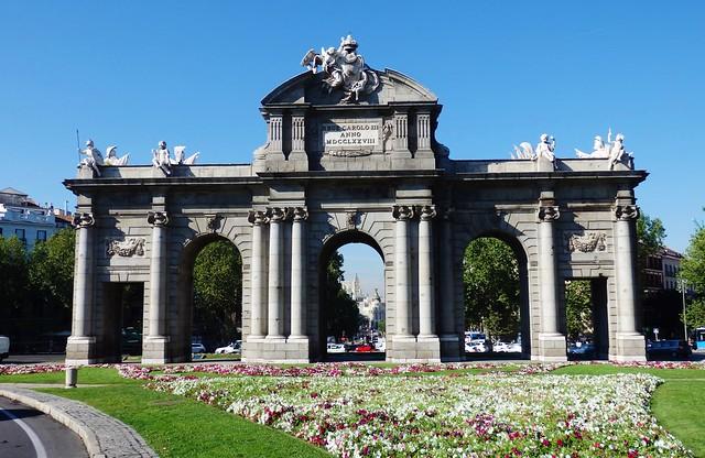 Madrid Puerta de Alcalá.