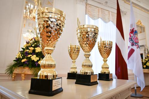 17.10.2019. Valsts prezidenta kausu pasniegšana vieglatlētikas sacensību uzvarētājiem
