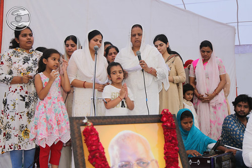 All Member of Chaudhary family seeking blessings