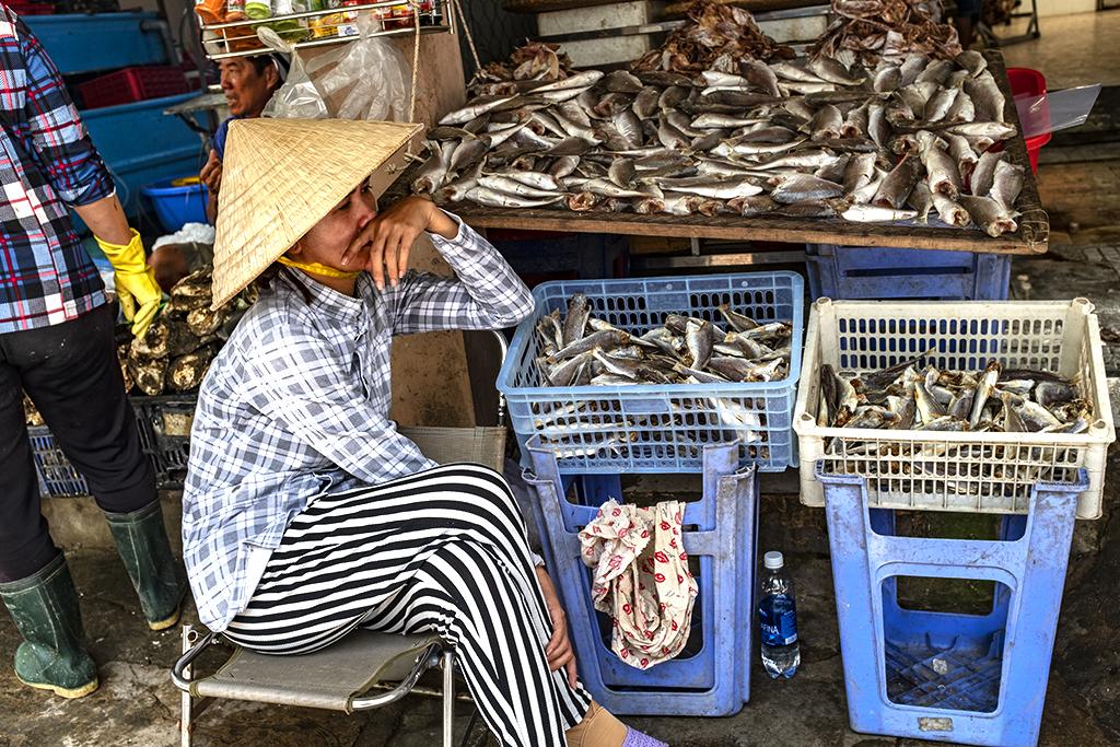Seafood vendor near Front Beach--Vung Tau 4