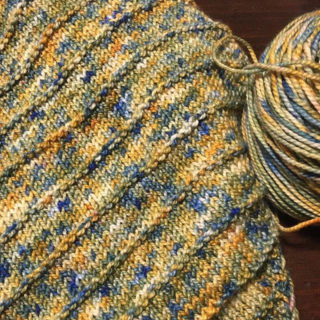 New biased cowl using bulky hand-dyed yarn. 💙💛 #knitting #totallybiasedcowl
