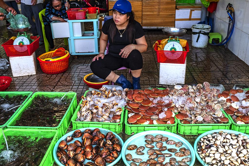 Seafood vendor near Front Beach--Vung Tau 3