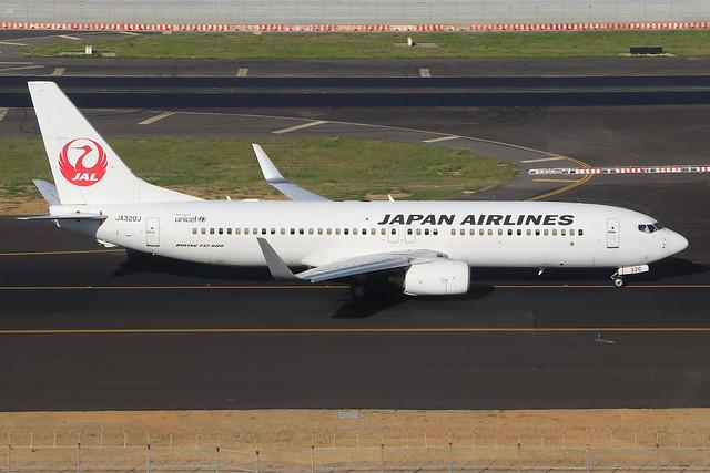 JA320J  -  Boeing 737-846 (WL)  -  Japan Airlines  -  TPE/RCTP 11/10/19