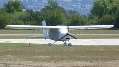 Aeroprakt A 32 en el aerodromo de Empuriabrava