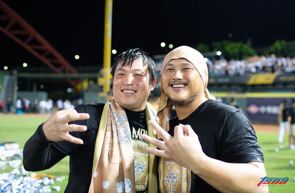 林泓育(左)、陳俊秀。(特約記者侯禕縉/現場拍攝)