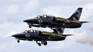 Breiltling  Jet Team