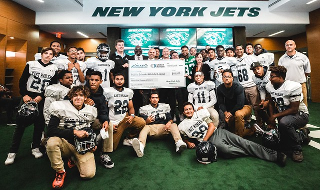 2019-20 - Event - Jets Donation Event & Check Presentation w. East Harlem Pride -084