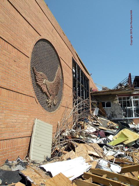 Gymnasium Entrance Joplin High School 2011 07 02 - JHS -DSCN2694