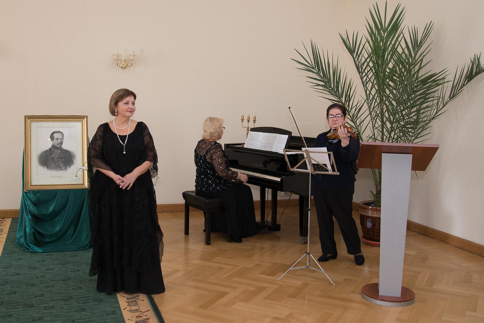 Концерт учащихся и профессионалов музыкальных школ г. Пензы в актовом зале музея «Тарханы»